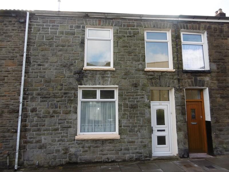 Margaret Street, Tynewydd, Rhondda Cynon Taff. CF42 5LS
